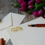Como escrever o nome do convidado no convite do seu casamento de forma educada e elegante